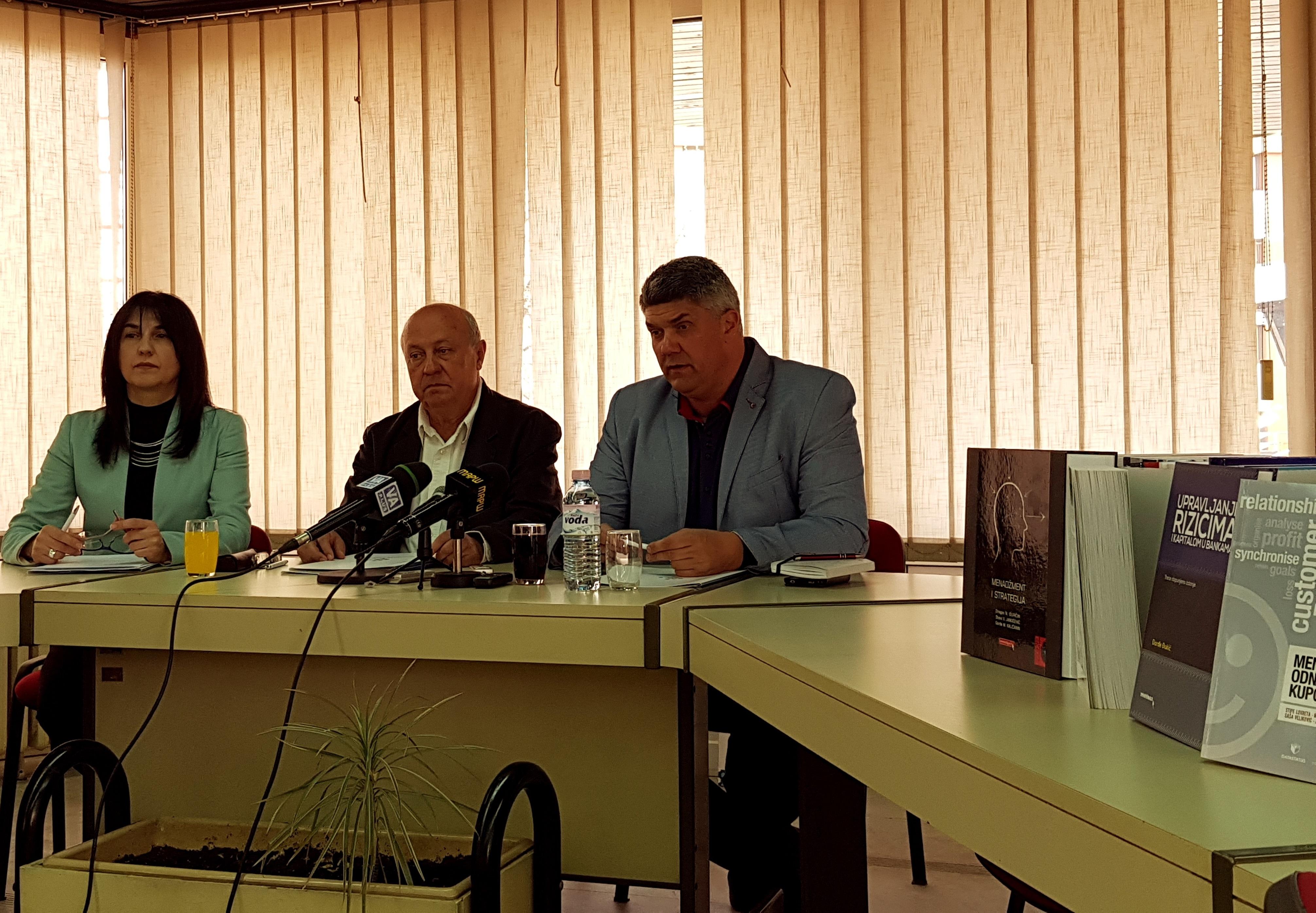Potpisivanje sporazuma u Valjevu 2 jpg